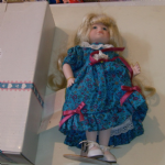 "Goebel 10"" PORCELAIN DOLL Victoria Ashlea Originals boxed vgc"